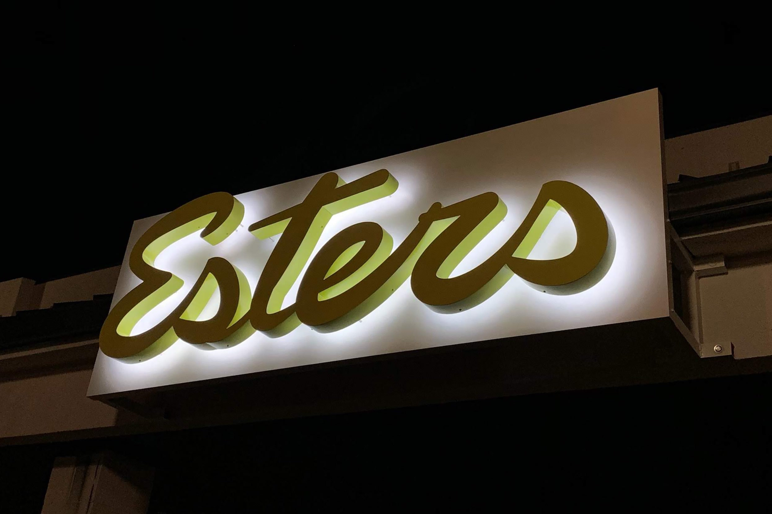 Esters Night